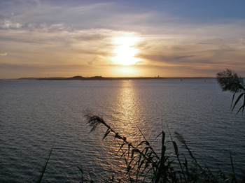 Sunset_at_stheliers_bay1