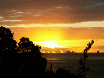 Sunrise_in_tutukaka7