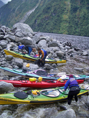 Doubtful_sound_seakayak12